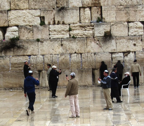 "Kosel, ""men at Wailing Wall""  , ""Western wall raining"""