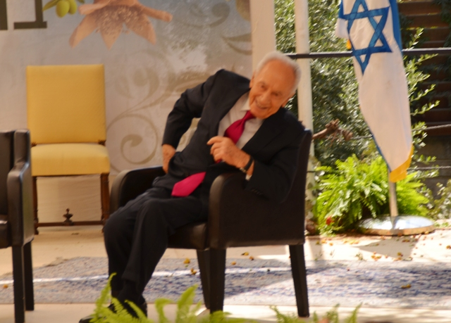 Peres after accident